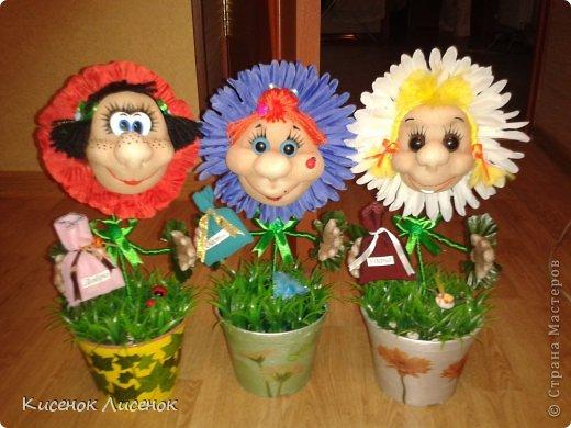 Данные дамы поздравили с праздником моих родственниц и принесли им много удовольствия. фото 1