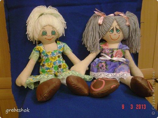 Приветствую Вас, рукодельники и рукодельницы! Давно собиралась попробовать сшить кукол-примитивов. Вот что получилось. фото 4