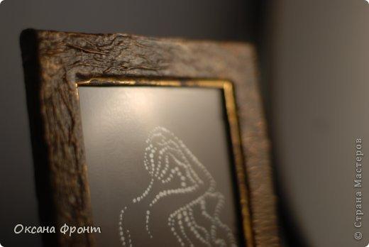 Еще пробы рисования точками и оформление рамок для фото. Точки ставила заточенной палочкой для суши и краски-металлик. фото 2