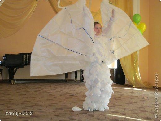 Гардероб Моделирование конструирование эко стиль платья из пакетов и из мого ещё чего Бутылки пластиковые Материал бросовый Скотч фото 22