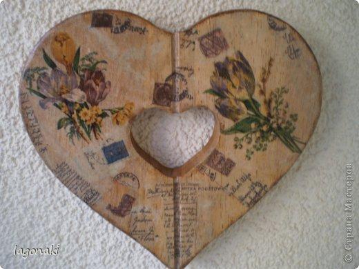 Сердечко деревянное.Путем вживления салфетки в структуру дерева. фото 2