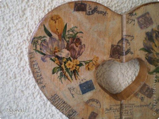 Сердечко деревянное.Путем вживления салфетки в структуру дерева. фото 1