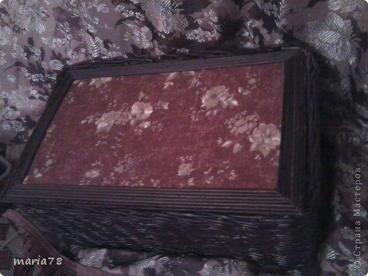 доброго времечка! Сплела вот такую нужную  коробочку=шкатулочку. теперь все нитки в одном месте лежат.) фото 1