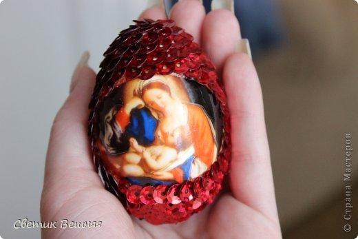ничего умней не могла придумать, чем украсить яйца пайетками))) но получилось ооочень даже ничего фото 4