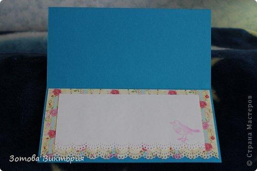 Хотела сделать открытки с птицами, цветами и сердечками.  Меня попрасили сварганить гламурные открытки. Но в гламурности я что-то не бум бум.   Заранее извиняюсь за мутные фотки первых двух открыток, снимала старым фотиком в попыхах.  фото 9