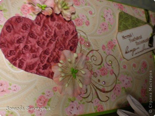 Хотела сделать открытки с птицами, цветами и сердечками.  Меня попрасили сварганить гламурные открытки. Но в гламурности я что-то не бум бум.   Заранее извиняюсь за мутные фотки первых двух открыток, снимала старым фотиком в попыхах.  фото 3