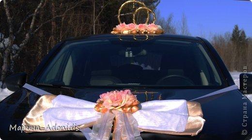 Украшения на свадебный автомобиль фото 1