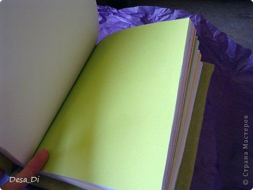 На самом деле он более яркого зеленого цвета, свет подвел) фото 3