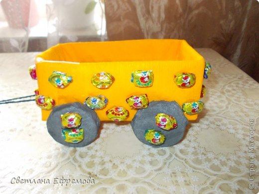 Племяннику на день рождения смастерила вот такую машину. фото 6