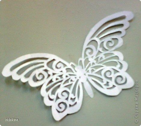Поделка изделие Вырезание Бабочки + 1 кот Бумага фото 4