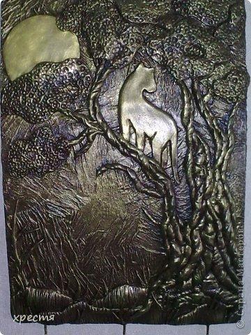 Доброго всем времени суток. Очередная ключница, работа выполнена из холодного фарфора. Спасибо за идею Olena777. Сам сюжет позаимствовала у неё. фото 11