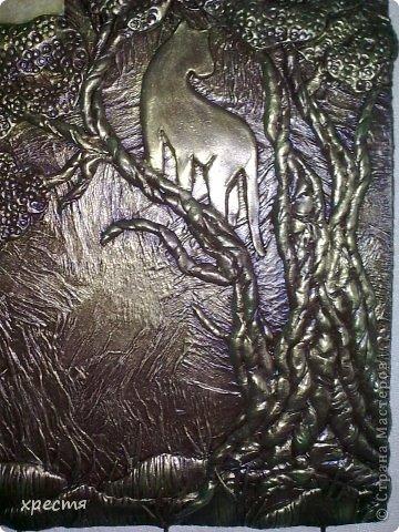 Доброго всем времени суток. Очередная ключница, работа выполнена из холодного фарфора. Спасибо за идею Olena777. Сам сюжет позаимствовала у неё. фото 3