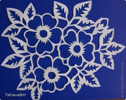 Картина панно рисунок Украшение 8 марта Валентинов день Вырезание Сердечно - цветочное настроение Бумага фото 1