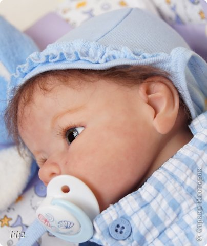 Малыш реборн Левушка, расписан мною в начале февраля. Волосы мохер, очень яркий малыш -  рыжик, имя ему кажется очень идет. Волосы довольно густые.   фото 11