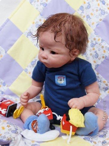 Малыш реборн Левушка, расписан мною в начале февраля. Волосы мохер, очень яркий малыш -  рыжик, имя ему кажется очень идет. Волосы довольно густые.   фото 3