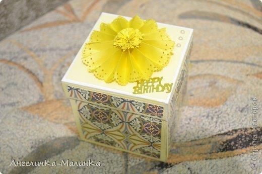 Так совпало что у моих родителей день рождения в марте. Поэтому я сегодня к вам с magic box для мамы и открыточкой для папы. фото 1