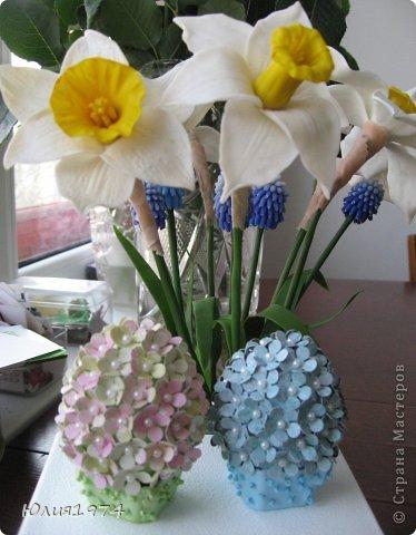 Так уже хочется тепла и цветов, что приходится делать самой, а заодно готовиться к Пасхе! Нарцисы и мускари одни из первых весенних цветов, очень их люблю и конечно, красивые пасхальные яйца станут украшением стола. фото 2