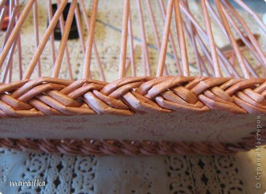 Мастер-класс Плетение Коса на дне коробочки Мастер-класс Бумага газетная Трубочки бумажные фото 28