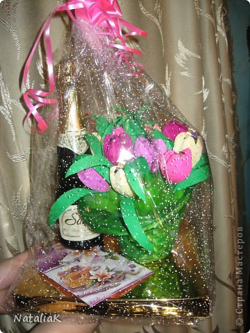 8 марта подарки из конфет фото 9