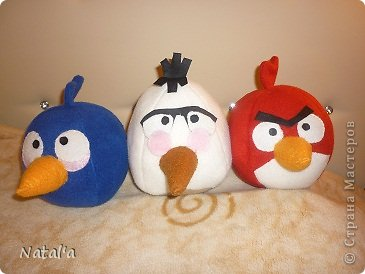 Три птички готовятся к бою со свинками... фото 5