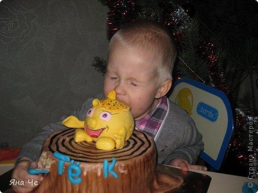 """Это тортик для моего сыночка, благодаря которому я и """"заболела"""" тортоманией))) Заказал он мне Колобка и вот - пожалуйста.  фото 3"""