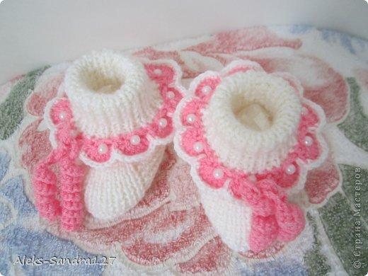 Гардероб День защиты детей Вязание крючком шапочка с пинетками для новорожденного Пряжа фото 4