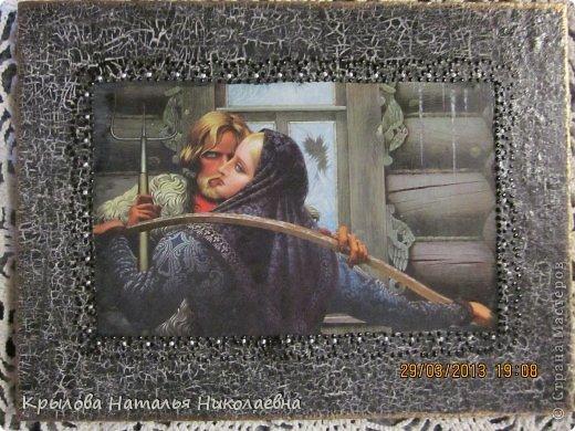 """С картины Васильева К.А. """"Встреча у окна"""".Одношаговое кракле,точечная роспись,позолота по краям. фото 1"""