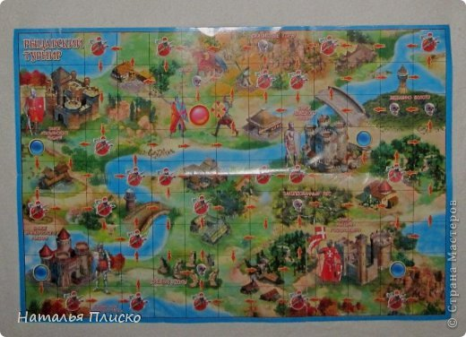 """Когда Маша (Бригантина) объявила этот конкурс (http://stranamasterov.ru/node/372481), мы с Егоркой сразу же решили принять в нём участие, ведь рыцари и средневековье - наша любимая тема... На этой фотографии в центре моя работа и часть Егоркиной коллекции """"рыцарских"""" игрушек... фото 24"""