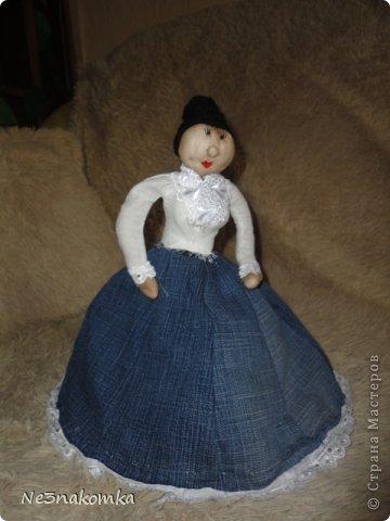 Решила сделать новую куклу на чайник и рассказать Вам - как это все происходит... Девчата - сказу хочу сказать - не обладаю особыми навыками шитья. Поэтому до всего доходила методом проб и ошибок. Ну и нашла для себя самый удобный вариант. Делюсь с Вами фото 27