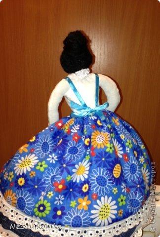 Решила сделать новую куклу на чайник и рассказать Вам - как это все происходит... Девчата - сказу хочу сказать - не обладаю особыми навыками шитья. Поэтому до всего доходила методом проб и ошибок. Ну и нашла для себя самый удобный вариант. Делюсь с Вами фото 31