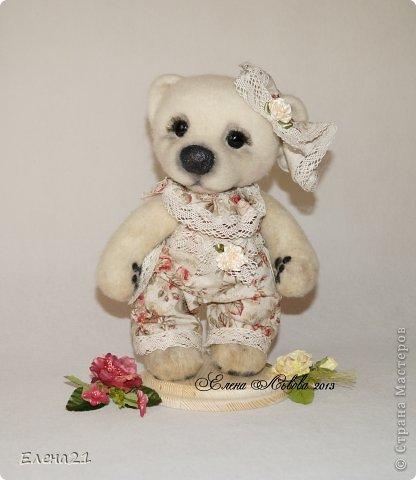 Сшила новое платье - комбинезончик для мишки Анюты  и шляпку !!))                                     фото 3