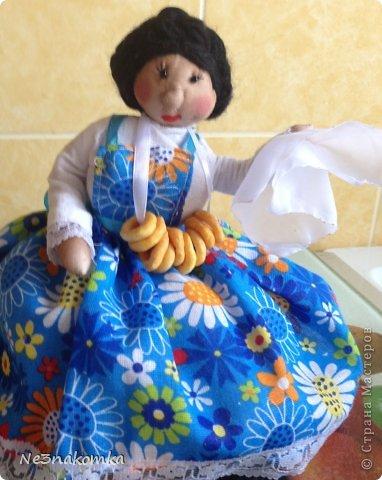 Решила сделать новую куклу на чайник и рассказать Вам - как это все происходит... Девчата - сказу хочу сказать - не обладаю особыми навыками шитья. Поэтому до всего доходила методом проб и ошибок. Ну и нашла для себя самый удобный вариант. Делюсь с Вами фото 51