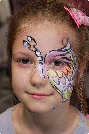 Рисовала специальными красками (аквагримом) на водной основе на личиках ребят (на одном городском мероприятии). фото 11