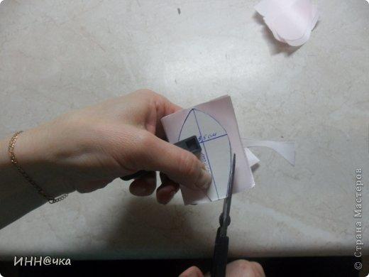 Как-то уже давно да и в предпоследнем моём блоге рукодельницы просили сделать МК лилии и вот я решилась. Это мой дебют, возможно и чуток корявый....но не судите строго. Надеюсь, кому-то пригодится. фото 5