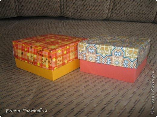 Понадобится:1 лист двухстороннего картона,1 лист поделочного картона,ножницы или резак,карандаш,клей! фото 1