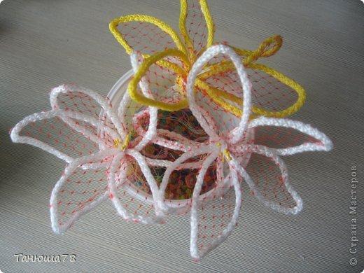 Поделки из упаковочной сетки для цветов 41