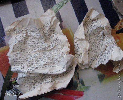 По просьбам рукодельниц, выкладываю МК по пасхальной курице. Что нам понадобиться: - выкройки (смотри ниже) - гофрированный картон - клей - бумага - бумага туалетная - горох и мелкие фигурные макароны - краска фото 6