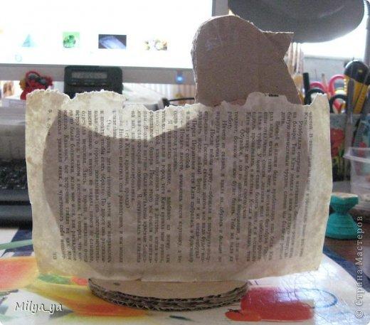 По просьбам рукодельниц, выкладываю МК по пасхальной курице. Что нам понадобиться: - выкройки (смотри ниже) - гофрированный картон - клей - бумага - бумага туалетная - горох и мелкие фигурные макароны - краска фото 7