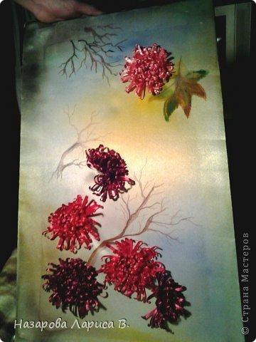 Картина панно рисунок Мастер-класс Вышивка Вышивка лентами Осенний этюд МК вышивка хризаннтемы Ленты Ткань фото 3