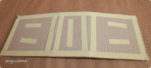 Подарочная коробочка, захотелось сделать  минимум деталей.  Основа  очень плотный картон, обклееный бумагой для эскизов, цветки с магазина. фото 8