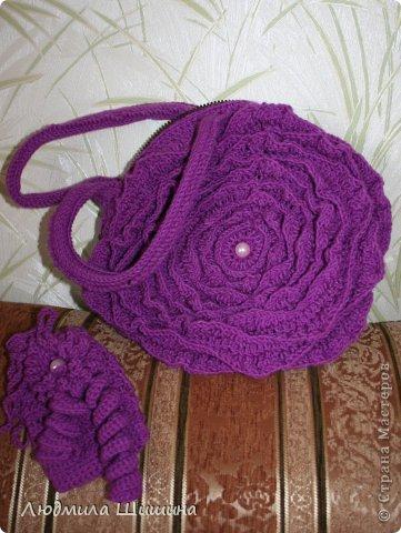 Вязание крючком - Комплектик из сумочки и чехла для телефона схема вязки сумки-цветка.