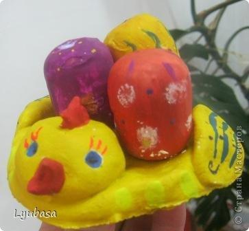 Пасхальные работы - курочки с яичками.