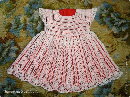 Всем доброго дня! Вот связалось платье-тунику для маленькой принцессы! Нитки мои любимые  Пеликан 100% хлопок 50 г/330 м, крючок 1,5 мм, ушло 3,5 мотка. Длина платья 50 см. Сначало можно носить как платье, а потом как тунику... Приятного просмотра... фото 9