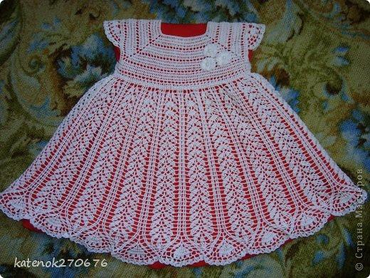 Всем доброго дня! Вот связалось платье-тунику для маленькой принцессы! Нитки мои любимые  Пеликан 100% хлопок 50 г/330 м, крючок 1,5 мм, ушло 3,5 мотка. Длина платья 50 см. Сначало можно носить как платье, а потом как тунику... Приятного просмотра... фото 1