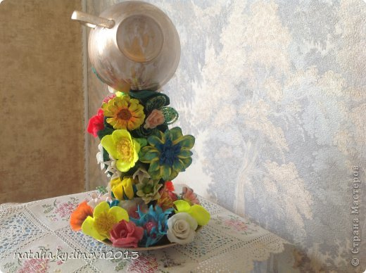 Поделка чашка из которой льются цветы