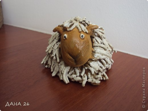 В предверии Пасхи,захотелось сделать вот такую овечку для себя.