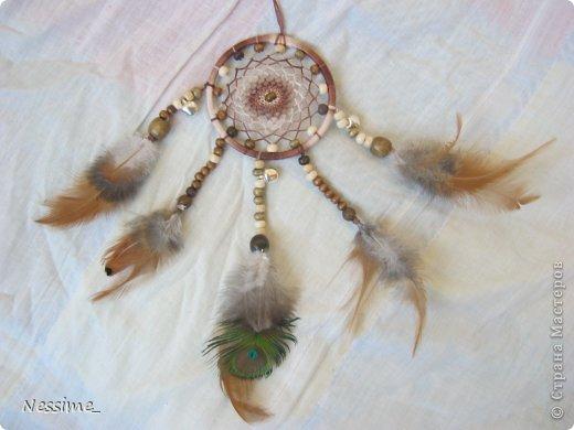 Мастер-класс Оберег Плетение МК по миниатюрному ловцу снов Бусины Нитки Перо фото 1