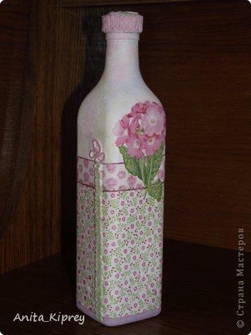 Декор предметов Декупаж Бутылка с розовым цветком Бутылки стеклянные Салфетки фото 2