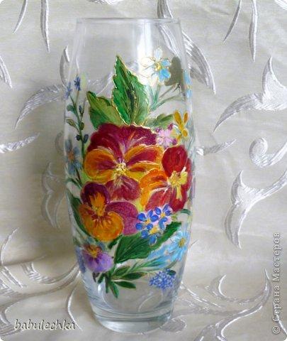 25июня2012года оять взялась за эту вазу  и внесла коррективы в цвет лепестков  и листьев. фото 1