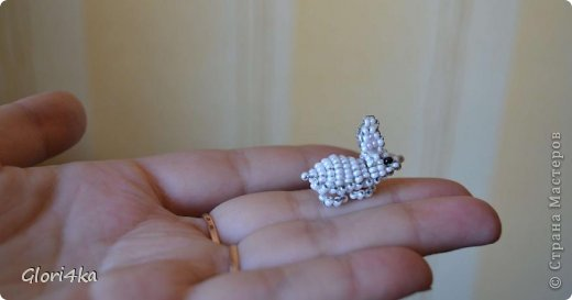 Поделка изделие Пасха Бисероплетение Пасхальное яйцо и кролик из бисера схема Бисер Бусинки Проволока фото 6.